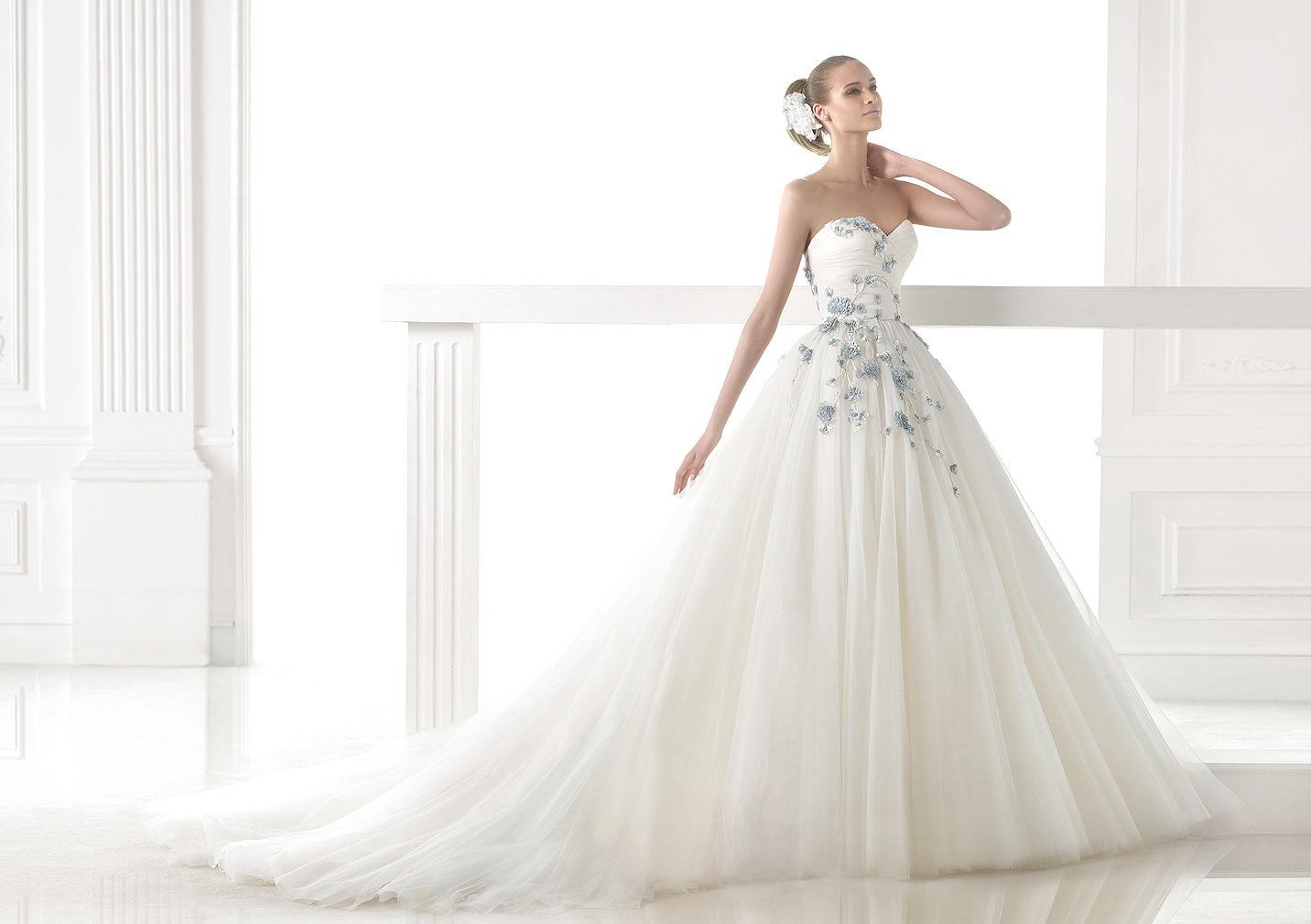 Die 5 besten Brautmoden Designer - Hochzeit in Italien