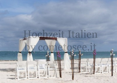 Heiraten an einem Traumstrand in Italien
